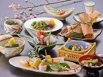 召し上がったお料理が旅の思い出と共に残るよう、料理長が心を込めて一品一品をおつくり致します。