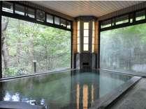大浴場は加水・加温なし、源泉100%掛け流しです。24時間いつでも入浴できます。