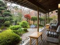 *【庭園】静寂に包まれた中庭を眺めてゆったり過ごすのもいいですね。
