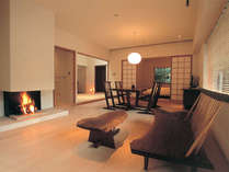 暖炉付き洋室