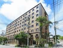 ソルヴィータホテル那覇へようこそ!那覇市最大の繁華街「松山」に位置し大変便利な立地。