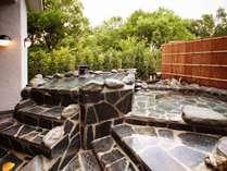 四季折々の自然を満喫できる露天風呂(大浴場2階)