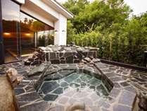 大浴場は男性女性共に快適な露天風呂付きです♪(写真は大浴場2階露天風呂)