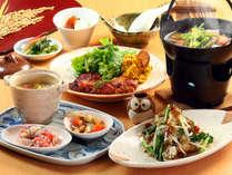 【料理】夕食は和洋日替わりでご用意しています。こちらは和食の一例。