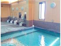 【大浴場・男性】10階にある大浴場♪露天形式となっております。一日の疲れをお癒し下さい☆
