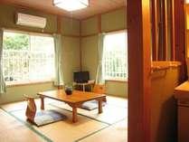 【2階の和室】洗面台付き・8畳のお部屋