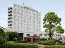 地域随一の客室数を誇るホテルです。ビジネス・レジャーの拠点としてご利用くださいませ。