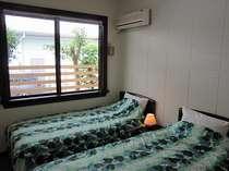 クリームベージュの壁が自慢のお部屋で沖縄時間を過ごしませんか