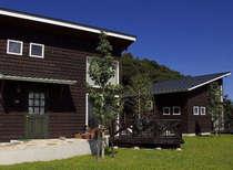 夏涼しく、冬暖かい、ペアガラス(二重)サッシの高気密住宅のコテージです。