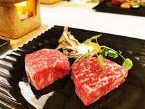山形牛と米沢牛のステーキ食べ比べ