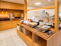 【Organic】有機JAS認定野菜サラダ・焼き立てパン・しじみカレー等ご用意致しております。