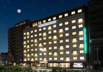 【ホテル外観】西本願寺や、東本願寺も程近く観光に便利です