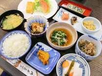 【朝食付プラン】朝ごはんは和朝食■周辺に飲食店あり!夕飯は外食で済ませたい方に◎