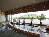 ■遠州絵巻の湯■露天風呂「たきや舟」 浜名湖を眺めながら、天然療養温泉を楽しむ。