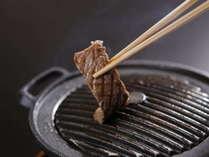 【三ケ日牛鉄板焼き】地元産の牛肉をお好みの焼き加減でお楽しみください♪