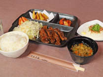【ちょっとだけ贅沢に焼肉夕定食!】日南町でのお仕事や観光に【焼肉定食 2食付きプラン】