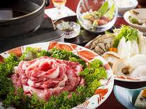 【牛すき焼き】メインは牛すき焼き!満足感120%の人気料理~ファミリーご夫婦にもお勧め!