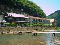 本宮の格安ホテル 川湯温泉 亀屋旅館