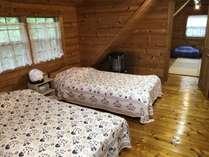 広々ベッドルーム