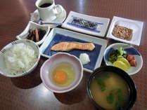 【朝食付】最終イン22時!夜は自由に、朝は和定食付き