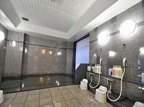★男性用の大浴場。手足を伸ばしてゆっくり♪深夜2時まで、朝5時から入浴OK!地下1階にございます