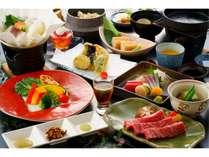<迷ったらこれ!>「味彩牛の鉄板焼き」「有明旬魚と玉名野菜」「有明旬魚のお造り3種」