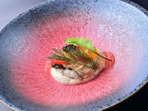 ご夕食のフレンチ懐石のお料理の一例です