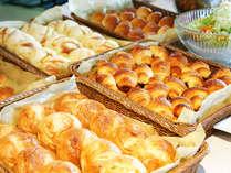 朝食のパンは、地元で人気のパン屋さん【ミッシュ】から取り寄せています☆