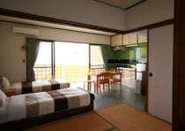 【コンドミニアム】キッチンつきのお部屋になります。沖縄料理に挑戦してみてはいかがでしょうか。