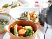 ワインとの相性の良い、地産地消フルコースディナー