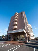 長崎空港より車で5分。JR大村駅より車で3分の好アクセス