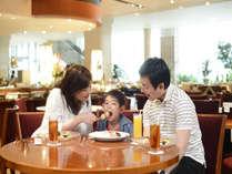 美味しいお料理とかわいいお子さまの笑顔で大満足。