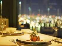 32階トップ・オブ・ユニバーサル 夜景を眺めながらのお食事。