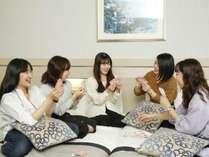 グループにおすすめのお部屋で、夜まで楽しもう!