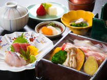 【日本料理・れいめい庵】刺身と黒豚せいろ蒸し御膳一例