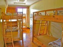 1年~6年生教室