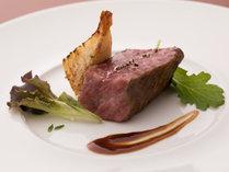 サラカリーナ・フルコース/肉料理イメージ