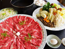 良いお肉たっぷりみんな大好きすき焼き