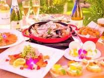 【ファミリー・カップルに人気!】海と夕陽の見えるテラスで楽しむ!三国の新鮮魚貝のハワイアンディナー