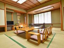 *【客室一例】室内に広がる畳の香りは、心を癒してくれます。