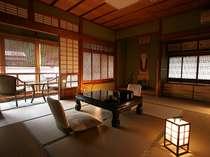 どのタイプのお部屋もしっとりと落ち着く和空間