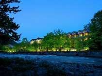 奥入瀬渓流ホテル外観