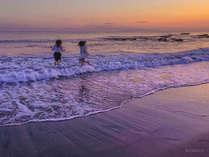 夕焼けの根本海岸