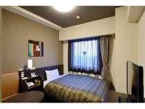 スタンダードシングルルーム◆ベッドサイズ130×200(cm)、Wi-Fi全室無料接続◆
