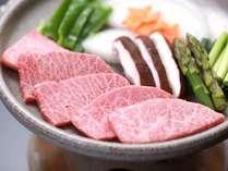 飛騨牛ミニステーキ。食べやすく焼肉風にてご提供♪