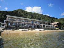 美しい敦賀の海辺に立つ長兵衛では夏の海水浴、行楽シーズンの釣りなどマリンレジャーも気軽に楽しめます!