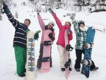 スキープラン 久万スキーランド リフト券付き 夕食は本格媛っ子地鶏鍋で体もぽかぽか!! 別荘5人用