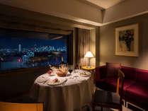 お部屋でディナー 美夜景ダイニングイメージ
