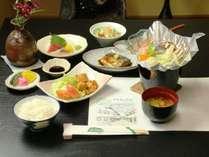 【夕食_リーズナブル】リーズナブルの料理一例。ガッツリどうぞ!