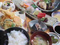 ちょっと豪華な夕食メニュー♪【天刺膳】